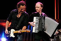 photo of Danny Federici and Bruce Springsteen