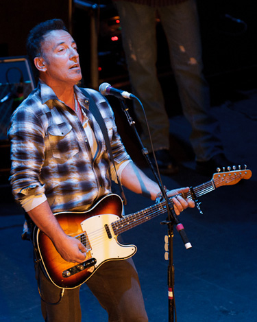 Springsteen at Light of Day 2011, courtesy of Backstreets.com
