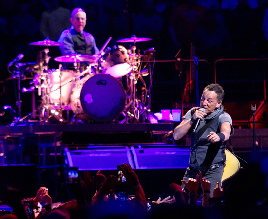 Backstreets com: Springsteen News Archive Mar-Apr 2016