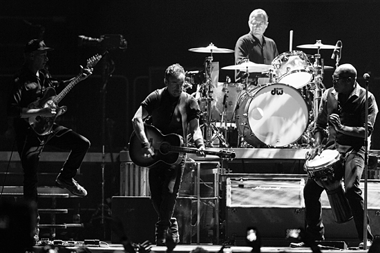 Pět nejlepších live nahrávek High Hopes Tour 2014 podle serveru Backstreets.com